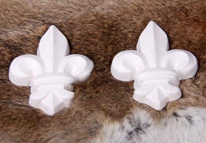 Afbeeldingen van Klein Franse lelie gipsen ornamentje