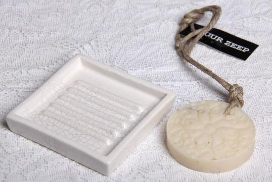 Afbeelding van Rond zeepje aan touw