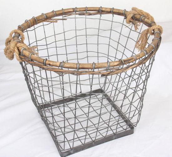 Afbeelding van Draadmand met handvaten van touw