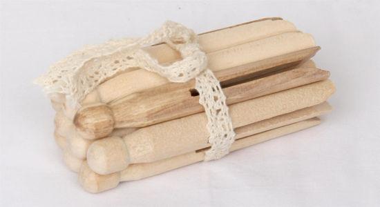 Afbeelding van Oude houten wasknijpers