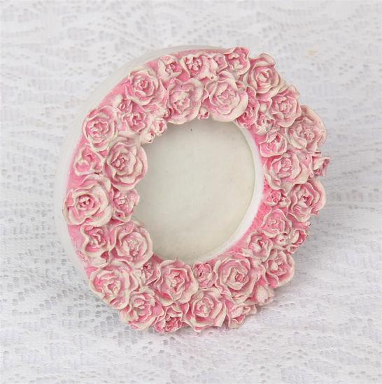 Afbeelding van Rond fotolijstje met rozen