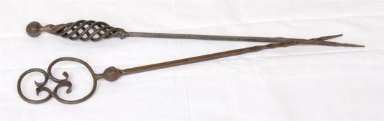 Afbeelding van Oude gietijzeren sate prikkers